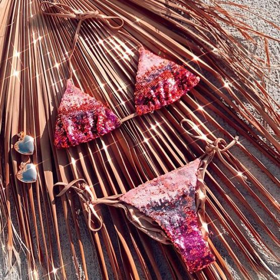 Купальник Ariel Rose Beach Bunny с камнями и цепочками в голубом цвете